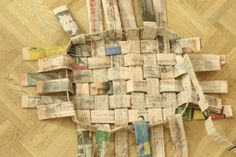 Easy woven newspaper basket - hold magazines