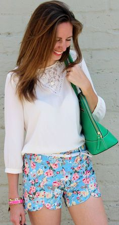 Loopsway Blue Scalloped Trim Floral Print Shorts