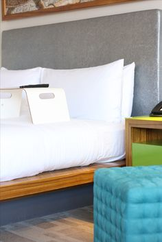 San Jose Airport, Great America, Santa Clara, Convention Centre, Outdoor Pool, Hotel Offers, Avatar, Couch, Boutique