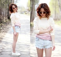 Topshop Blouse, Secondhand Shorts - Ombre Blouse & Denim Shorts - Wioletta ♡ Mary Kate