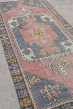 395 Traditional Blush Pink Vintage Oushak Turkish Rug 8 6 X3 75 By Woveninvintage