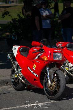 851. Ducati 888, Ducati Desmo, Ducati Motorcycles, Valentino Rossi, Bmx, Motocross, Ducati Cafe Racer, Sportbikes, Classic Bikes