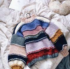 Knit Fashion, Look Fashion, Fashion Outfits, Fashion Wear, Fashion Details, Fashion Design, Crochet Clothes, Diy Clothes, Mode Hippie