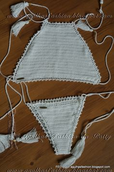 Biquini e top de croche Crochet Woman, Love Crochet, Diy Crochet, Crochet Baby, Crochet Top, Crochet Bikini Top, Crochet Blouse, Crochet Bathing Suits, Swim Skirt