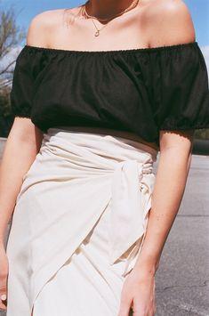 Na Nin Stella Raw Silk Crop Top / Available in Cream & Black – NA NIN