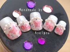 Japanese fake nails Ochiyo butterflies and pearls by Aya1gou, $18.50