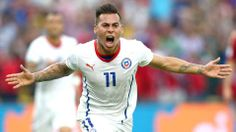 Spain crashes out from World Cup as Chile advances to Round of 16