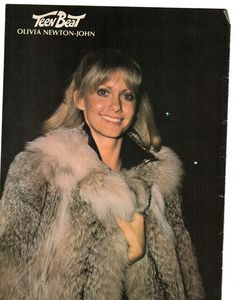 Olivia Newton John Grease, Joan Collins, Vintage Fur, Female Singers, Celebs, Celebrities, Style Guides, Fur Coat, Winter Fashion