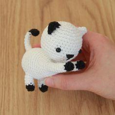 Patrón de Ganchillo Amigurumi de Gatos Juguetones Gratis - Little Bear Crochets