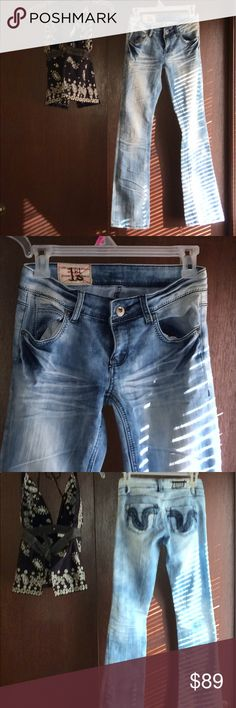 NWOT 1st KISS Boot cut bluejeans- 25 1st Kiss Badass Boot cut jeans💙 Feature 3 different shades of blue (light medium and dark) making these jeans more versatile to match more tops!💙 Belt loops front zipper and button closure 💙2 front pockets plus 2 back pockets. Charlotte Russe XS Top not included,  however is for sale💙 1st Kiss Jeans Boot Cut