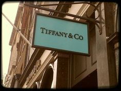 Making a print of this for my wall... (Tiffany inspired bedroom.)