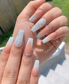 12 popular winter nail art trends that you need to try as soon as possible Ecem . - Nagel design - 12 popular winter nail art trends that you need to try as soon as possible Ecemella, out - Summer Acrylic Nails, Cute Acrylic Nails, Gel Nails, Summer Nails, Nail Nail, Manicures, French Acrylic Nails, Spring Nails, Nail Polish