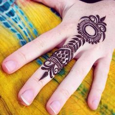 cool design for henna