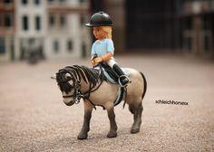 Goooodmorning!  QOTD: What is your favourite Schleich horse?  - Goeeeiemorgen!  QOTD (vraag van de dag): Wat is je favoriete Schleich paard?  #spon #madurodam #schleichpferd #schleichrepaint #schleichponys #schleichhorses #schleichpony #schleichcheval #schleichtack #schleich #instaschleich #instagram #pony #horse #paard #bridle #saddleblanket #saddle #instadoll #canoneos #canon #belvillelego #belville #legobelville #lego #insta #welsh by schleichhorsesx