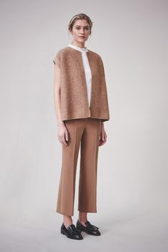 http://www.vogue.com/fashion-shows/pre-fall-2016/piazza-sempione/slideshow/collection