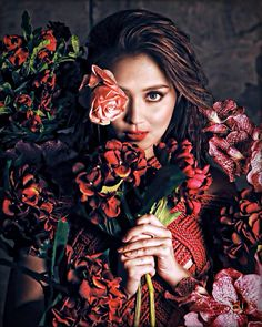 Filipina Actress, Filipina Beauty, Kathryn Bernardo Photoshoot, Filipino Models, Bebe Daniels, Amelia Zadro, Debut Ideas, Creative Shot, Daniel Padilla