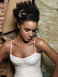 Natural Black Hairstyles, African American Wedding Hairstyles #black_hair_styles #wedding_hairstyles #wedding_hairdo
