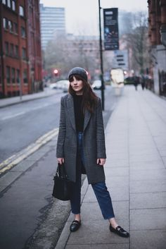 STYLING THE MASCULINE COAT