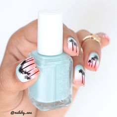 Tiffany Blue and Coral Ombre Nails With Palm Trees.