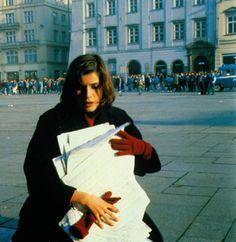 "Irene Jacob in Krzysztof Kieslowski's ""La Double Vie De Véronique"" aka ""The Double Life of Veronique"", 1991. #femme #clumsy #aesthetic"