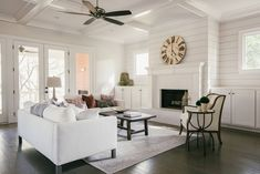 Love this staged transitional living room. A classic, clean design that is sure to lure any potential buyer. Clean Living Rooms, Classic Living Room, Transitional Living Rooms, Stage Design, Clean Design, Home Staging, Living Room Designs, Furniture, Things To Sell