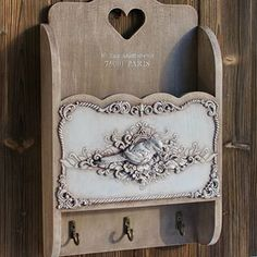 Shabby Chic Home Decor Handmade Decorations, Handmade Crafts, Iron Orchid Designs, Small Wood Projects, Decoupage Box, Shabby Chic Crafts, Paperclay, Diy Supplies, Home Decor Items