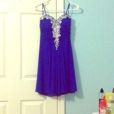 Beautiful Prom/Homecoming Dress Dark Blue Formal Dress! sweetheart cut top with rhinestones slit beauty back! Dresses Midi