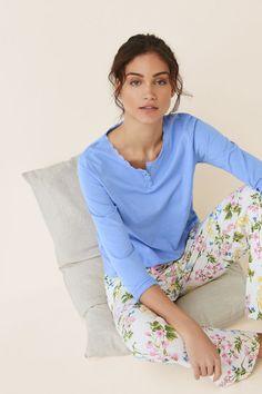 Womensecret Camiseta pijama larga lisa algodón azul Cute Pjs, Cute Lazy Outfits, Amelie, Pyjamas, Nightwear, Pajama Set, Renaissance, Lounge Wear, Denim Jeans