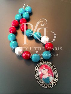 Ariel (Glass Pendant) Chunky Necklace    This big and vibrant chunky bead necklace makes the perfect accessory for any little girls outfit!