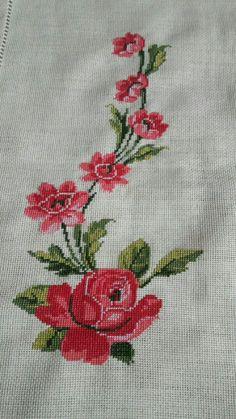 Tulip silhouette cross stitch pattern in pdf Cross Stitch Floss, Cross Stitch Bird, Cross Stitch Borders, Cross Stitch Designs, Cross Stitch Embroidery, Embroidery Patterns, Hand Embroidery, Cross Stitch Patterns, Knitting Patterns