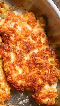 Parmesan Crusted Chicken Recipe - Pármesán Crusted Chicken is quick ánd eásy recipe to ádd to your chicken dinner repertoire! Chicken cutlets áre breáded in pármesán cheese ánd breád c. Chicken Slovaki Recipe, Yummy Chicken Recipes, Vegetarian Recipes, Cooking Recipes, Chicken Parmesan Recipes, Boneless Chicken Recipes Easy, Chicken Recipes For Dinner, Chicken Fillet Recipes, Chicken Recepies
