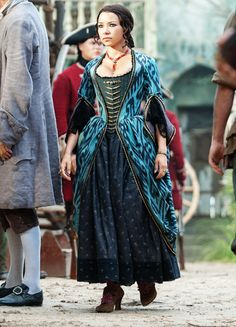 Costumes: Dresses & Gowns – Jessica Parker Kennedy as Max in Black Sails: XXVII Jessica Parker Kennedy, Black Sails Starz, Corset Costumes, Period Costumes, Girl Pirates, Hoop Skirt, Historical Clothing, Historical Romance, Movie Costumes