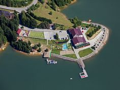 Private Resort On The Shore Of Colibita LakeHoliday Rental in Transylvania from