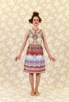 Knielange Kleider - Kleid Nina: Baumwolle, grafisch, bunt - ein Designerstück von lumapoli bei DaWanda