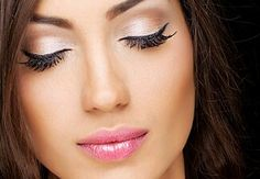 3D lashed make your lashed long and beautiful!!  www.youniqueproducts.com/ashleykey