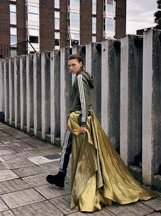Vogue Italia August 2016 Arizona Muse by Yelena Yemchuk-2