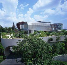 eco friendly luxury home