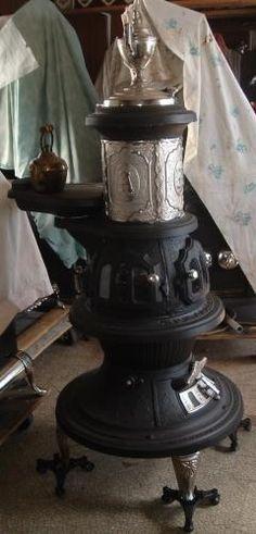 antique stoves, antique wood stoves, antique woodstoves ontario, antique heaters, woodburning antique stoves, antique wood burning stoves, antique parlour stoves, antique wood stove parts    http://www.woodstoves.on.ca