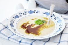 Probieren Sie das Rezept für ein Appenzeller Chässüppli aus, es wird Ihnen sehr gut schmecken, wenn Sie Käsesuppen gerne haben.