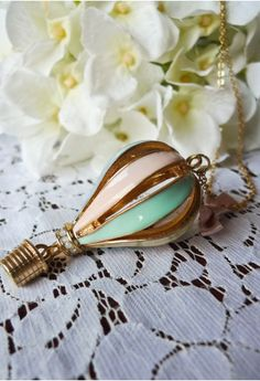 Hot Air Balloon Necklace - Retro, Indie and Unique Fashion from chicwish.com