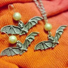 My classy bat & pearl set from Amanda Lorraine Designs on Etsy