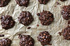 Scones, Preacher Cookies, Cookie Recipes, Dessert Recipes, Boiled Peanuts, Chocolate Peanut Butter Cookies, No Bake Cookies, Yummy Cookies, Chocolate Peanuts