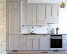 Puusepän tekemä perinteinen keittiö - aito keittiö - 40-luvun keittiö - Vanhanajan keittiö - Maalaiskeittiö