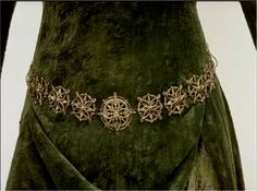 The One Ring Forums: Tolkien Topics: Movie Discussion: The Lord of the Rings: Did You Ever Notice... Eowyn's Green Gown?