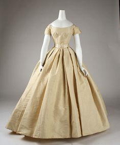 Wedding ensemble 1859 met museum  This could've been worn a hundred years later and still worked.