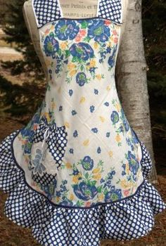 Grandma Estelle's Apron by ZigZagity on Etsy, $32.00