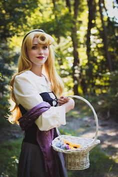 Briar Rose from Sleeping Beauty cosplay by Joelines wonderland Sleeping Beauty Cosplay, Briar Rose, Cosplay Girls, Costumes, Wonderland, Dress Up Clothes, Sleeping Beauty, Fancy Dress, Men's Costumes