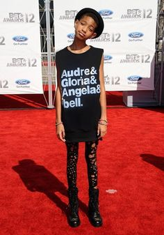 Willow Smith repping for Audre Lorde, Gloria Steinem, Angela Davis and bell hooks. #Feminists #TruthTellers *