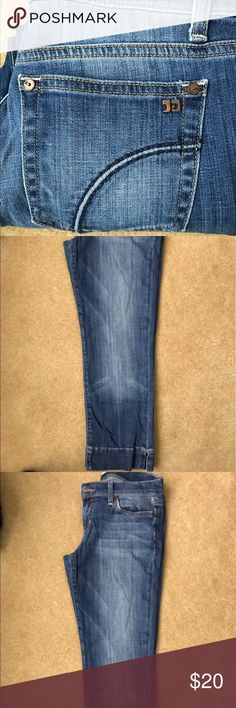 """Joes cropped denim """"Socialite kicked crop"""" by Joes no sign of wear and tear Joe's Jeans Jeans Ankle & Cropped"""