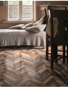 These gorgeous earth coloured porcelain tiles are the perfect way to bring a bit of holiday glamour into your home. With soft browns and greys running through them they'll add texture and warmth to any room.